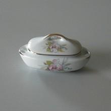 Bonbonniere en porcelaine du Portugal SPODART