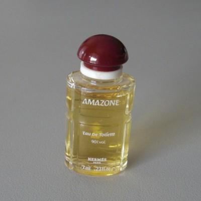 Une Miniature Eau De Toilette Modèle Amazone De Hermès Flacon De 7 Ml
