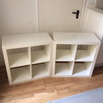 une tag re de la couleur blanche de la marque ikea mod le. Black Bedroom Furniture Sets. Home Design Ideas