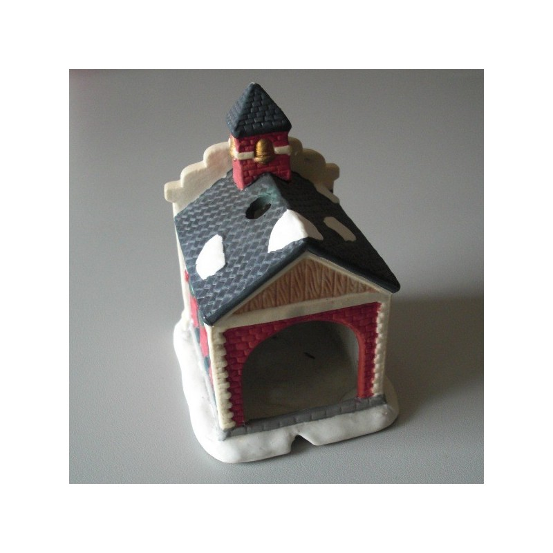 Petite maison d corative en c ramique mod le school for Modele petite maison